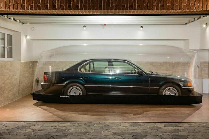 Bubble-wrapped 1998 BMW 740i on auction at eBay