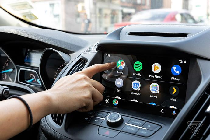 Android Auto and Apple CarPlay distract more than alcohol
