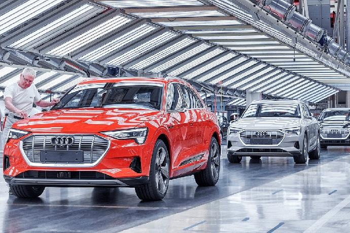 Why Audi suspends e-Tron production?